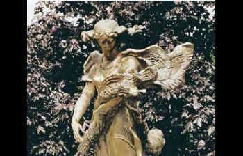 Цветы России. Франция, военное кладбище в Нуайе-Сан-Мартен