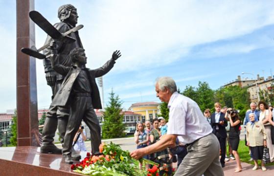 В Жуковском открыли памятник авиаторам-участникам ВОВ