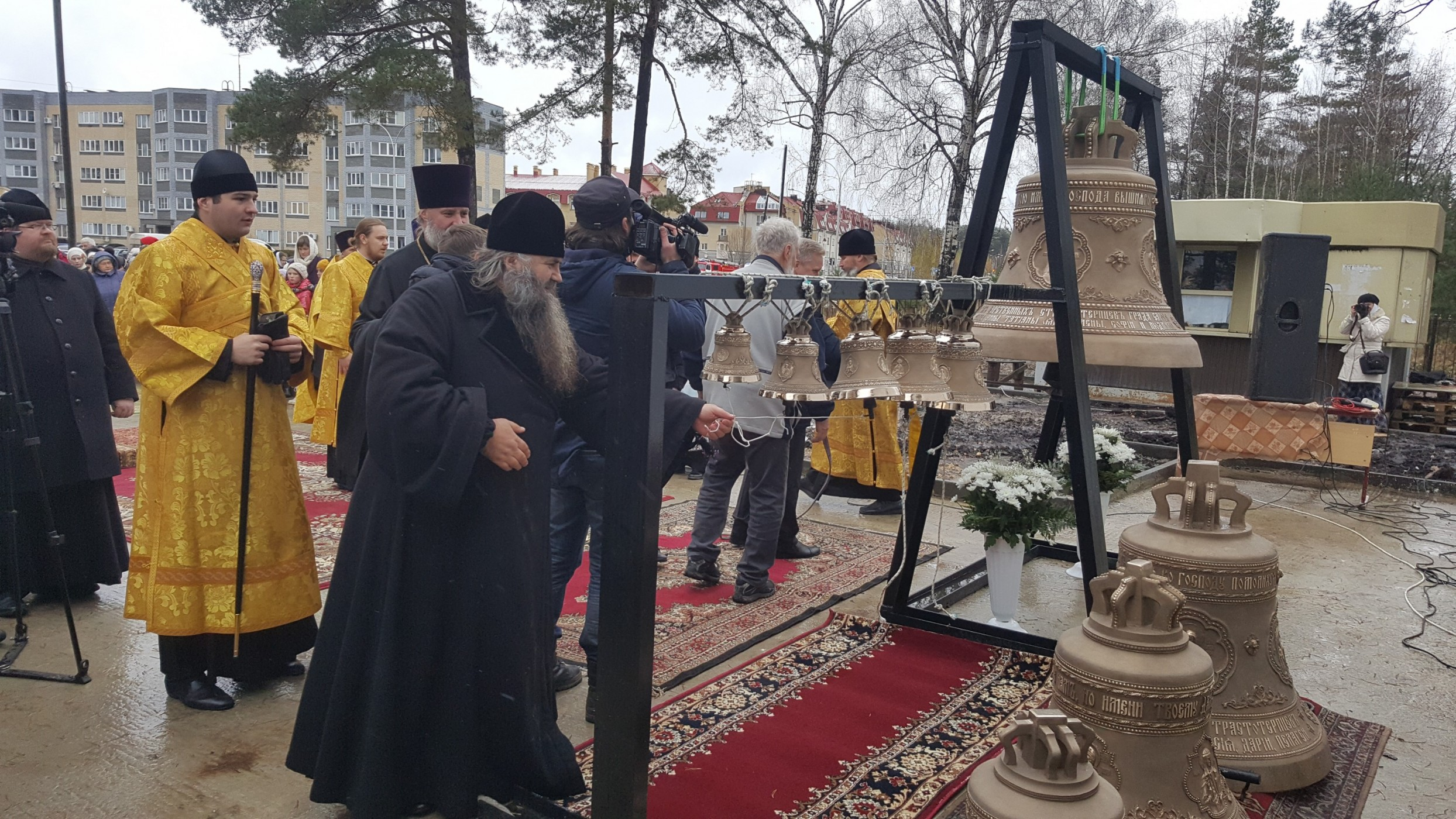 Набор колоколов для храма в Сарове