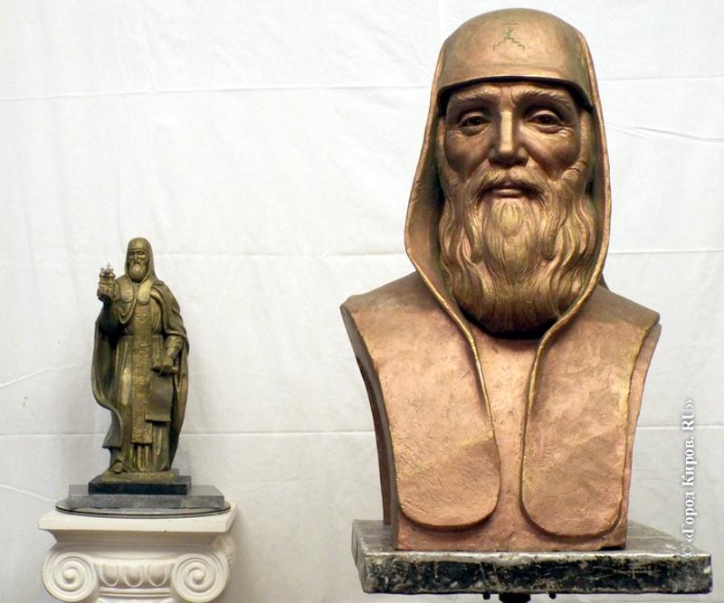 Памятник Трифону планируют открыть в конце мая