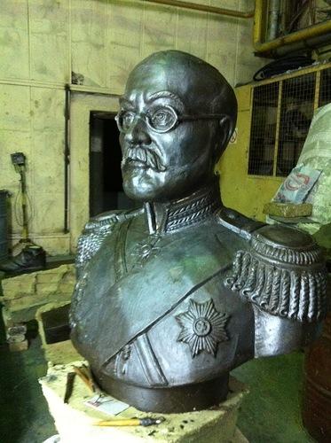 Статус работы по увековечиванию памяти Гродекова Н.И. (бюст и наведение порядка на кладбище)