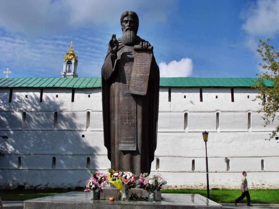 Скульпторы завершают модель памятника Сергию Радонежскому, который планируется установить в городе Бор Нижегородской области