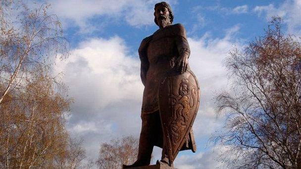 Памятник Александру Невскому г. Владимир. художественное литье из бронзы, гранит