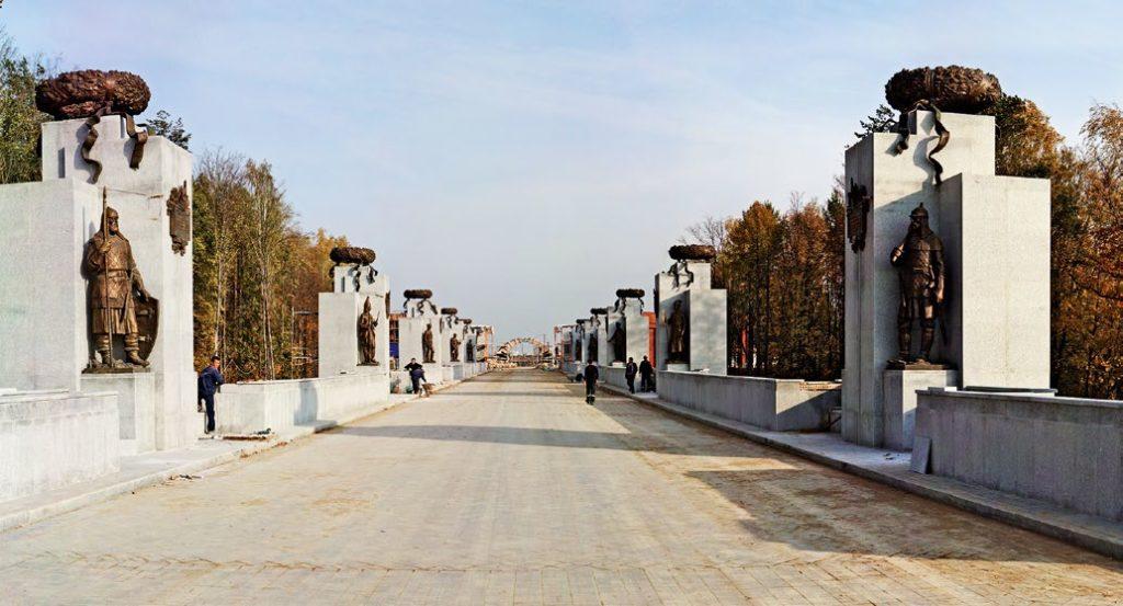 Скульптурно-архитектурный комплекс Федерального военного мемориального кладбища в Мытищах | Портфолио
