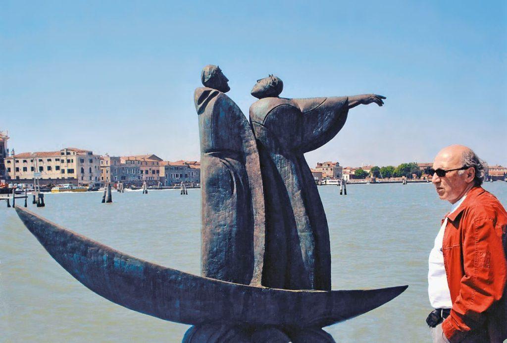 Скульптура «Ладья Данте» изготовлена из бронзы на скульптурном предприятии «Лит Арт». Установлена в Венеции в 2007 году.