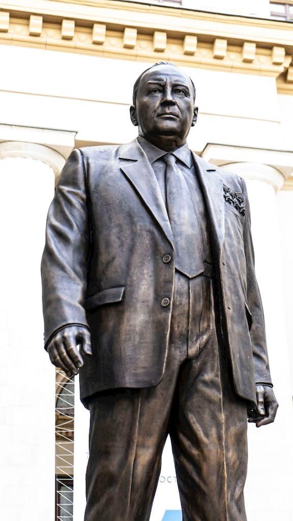 Памятник Ефиму Славскому в Москве | Портфолио