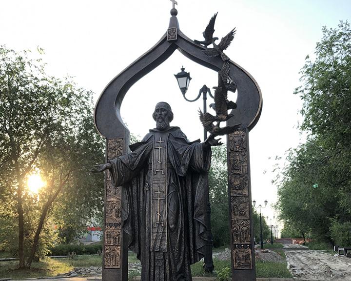 Памятник святому преподобному Сергию Радонежскому в Оренбурге