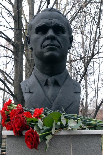 Бюст тренера Станислава Жука на Аллее ЦСКА в Москве
